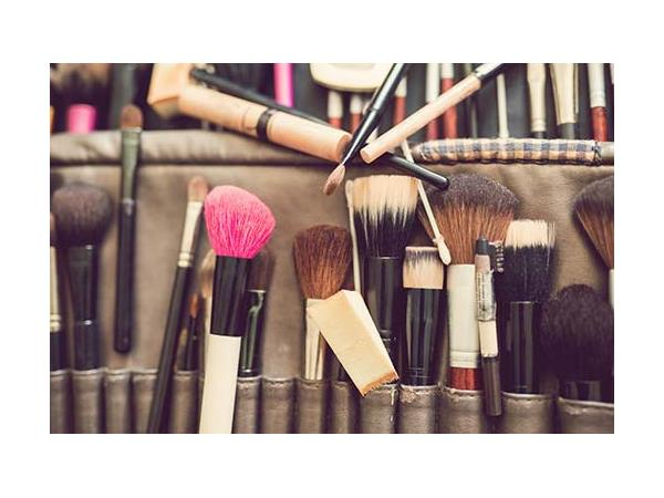 The Industry: Shop Talk (Bosses, Brains, Blushing Beauty and