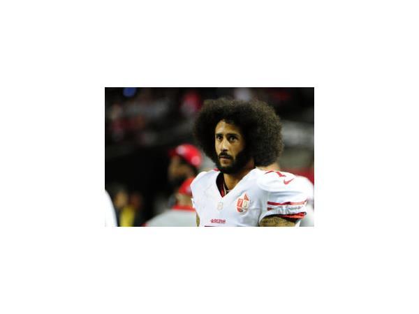 #BoycottNFL for Colin Kaepernick - Activists Protest Blackballing of Kap