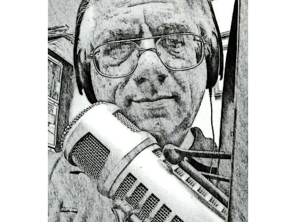 Eerie House Radio #316 - HURRICANE! 08/24 by Dale Kay