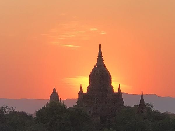 Big Blend Radio: Temple Hopping in Bagan