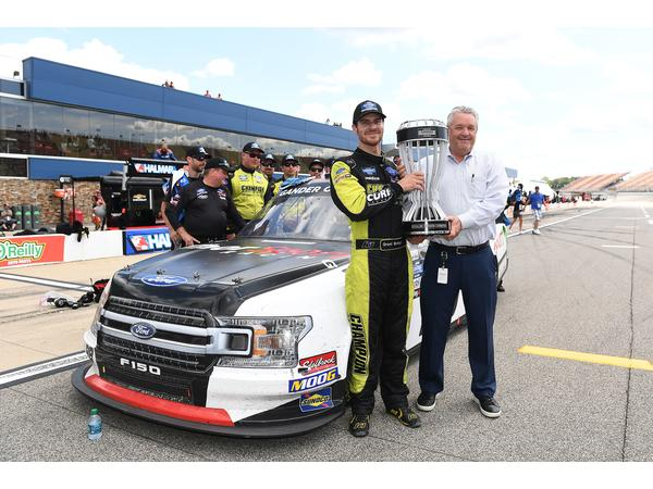 Fan4Racing NASCAR & Race Talk Review of Michigan and Mid