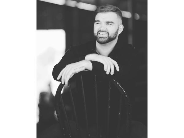 VIP Ignite E:256 Actor/Model Dean Fabian Faces Adversity