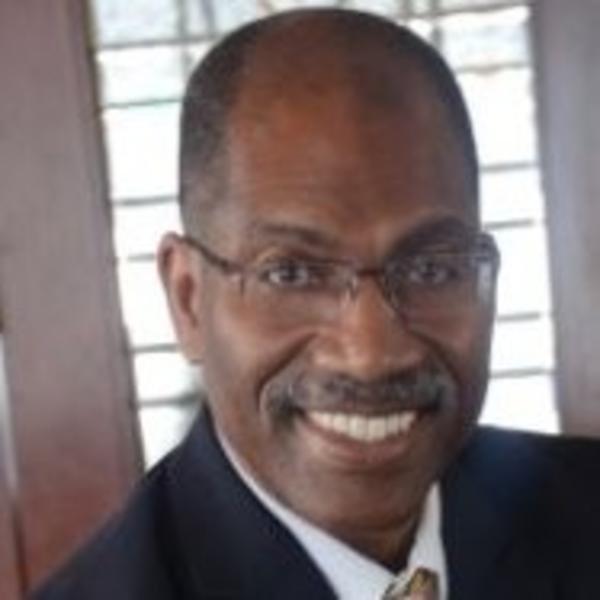 Dr Stephen Jones