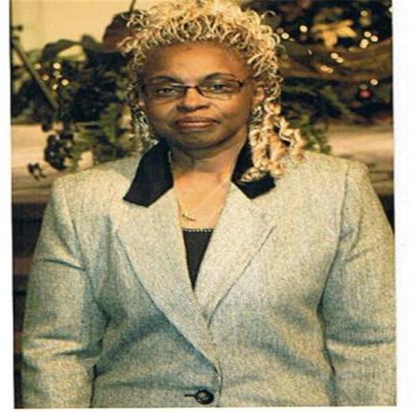 Dr Dorothy E Hooks