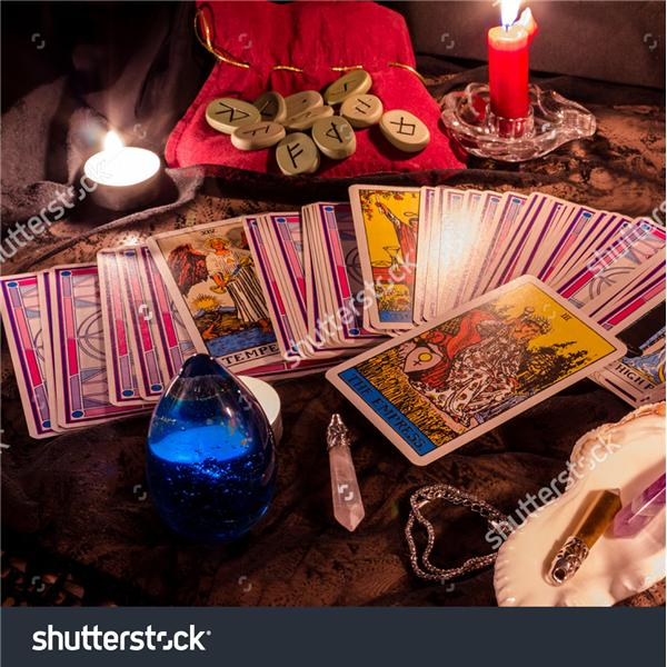 Love psychic! Free love reading Sunday! Email me now if you dont