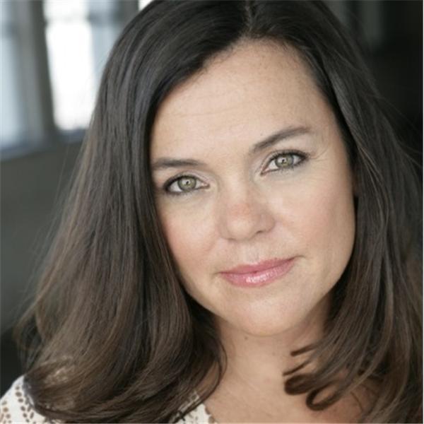 Suzanne Toro