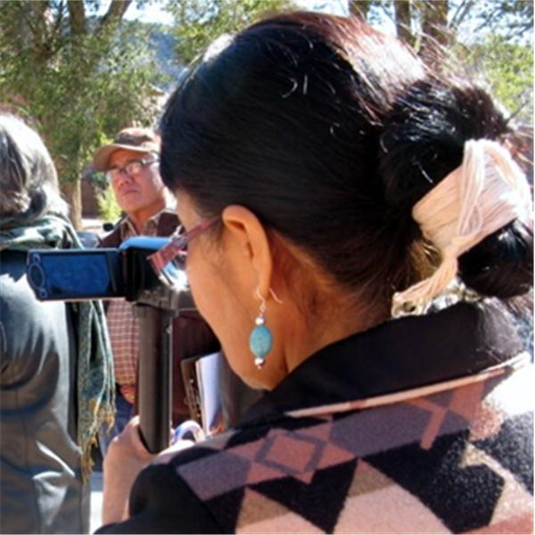 Navajo News Without Borders