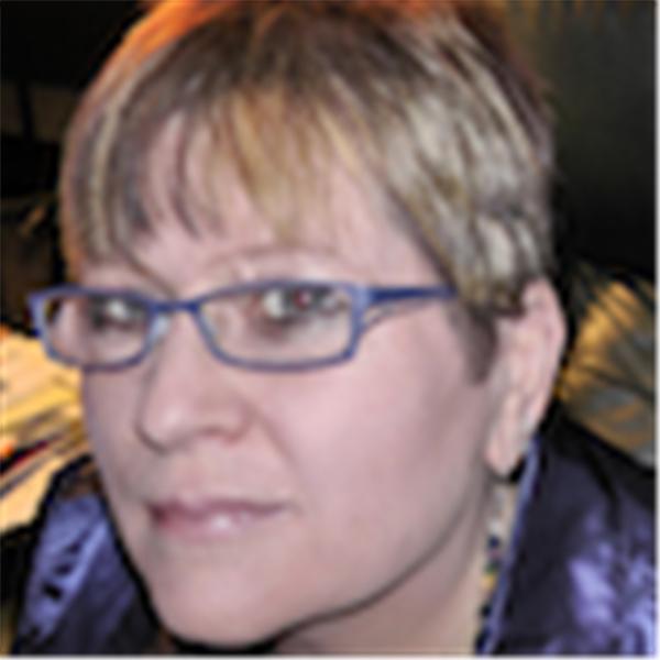 Coach Suzanne Rose