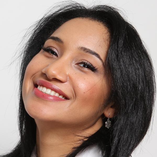 Aura E Martinez